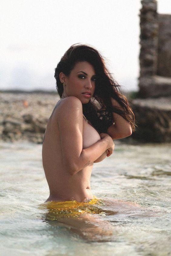 La energía tropical de Joma Castillo (@lasnner) http://bit.ly/1P5hZxj
