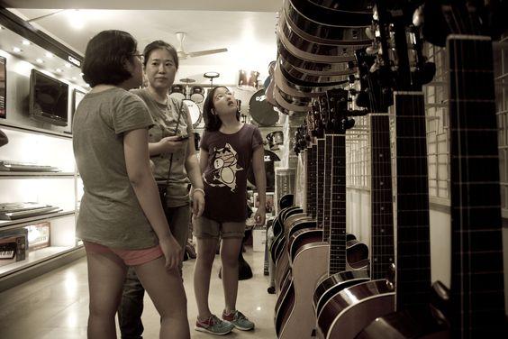 Buy Guitar Online India