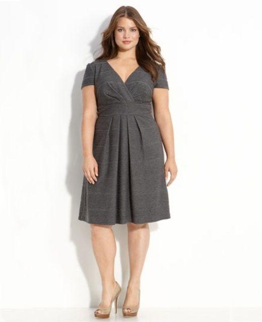 Платья для фигуры Яблоко: фасоны платьев и модели, какие платья подойдут полным женщинам