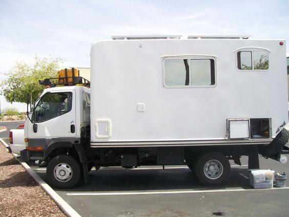Mitsubishi Fuso Adventure Camper