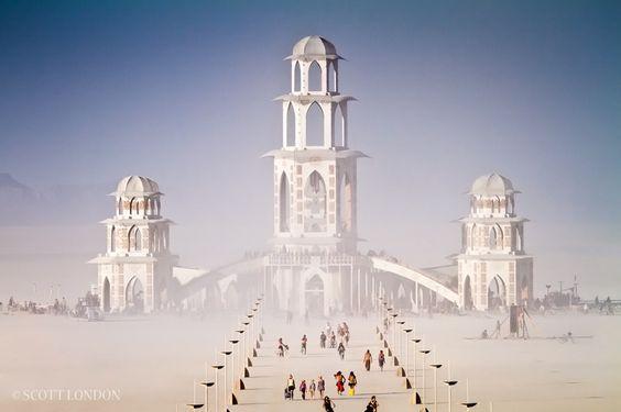 pour vous, le plus beau paysage ou monument magique, insolite, merveilleux - Page 6 F7f00dedb4a380f91818d2599a672568
