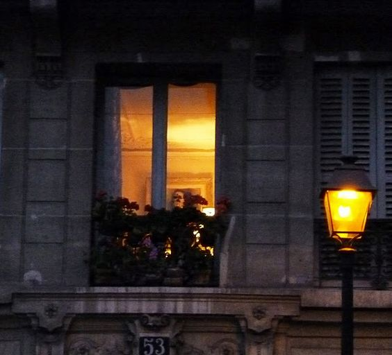 I love to see the lighted windows as days shorten...and that cosy, warm feeling it creates...mmmm