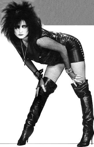 Siouxsie And The Banshees' Siouxsie Sioux Photo:  This Photo was uploaded by Helvetegyt.