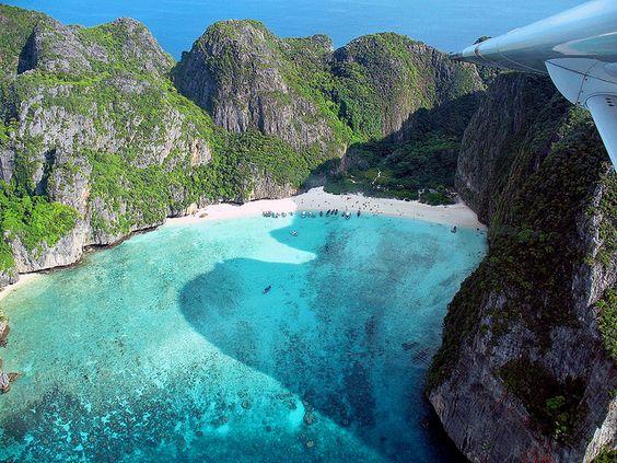 Maya Bay, Phi Phi Islands by Jamie Monk in Phuket, via Flickr