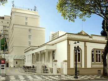 ibis Curitiba Batel hotel - Reserve seu hotel econômico em CURITIBA