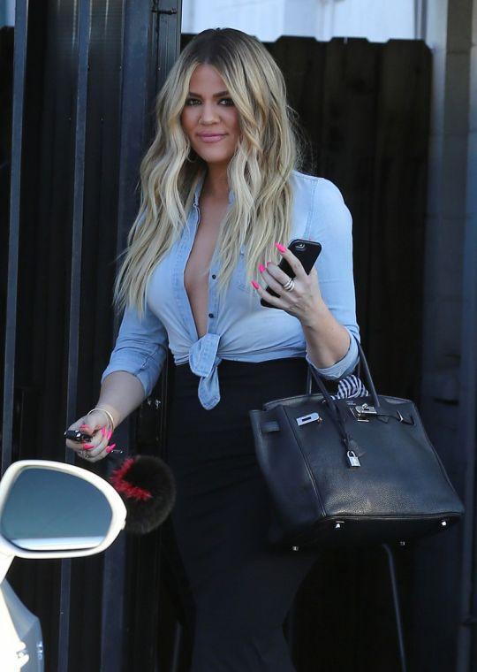July 6, 2015 - Khloe Kardashian leaving Bunim/Murray Studios in Van Nuys.