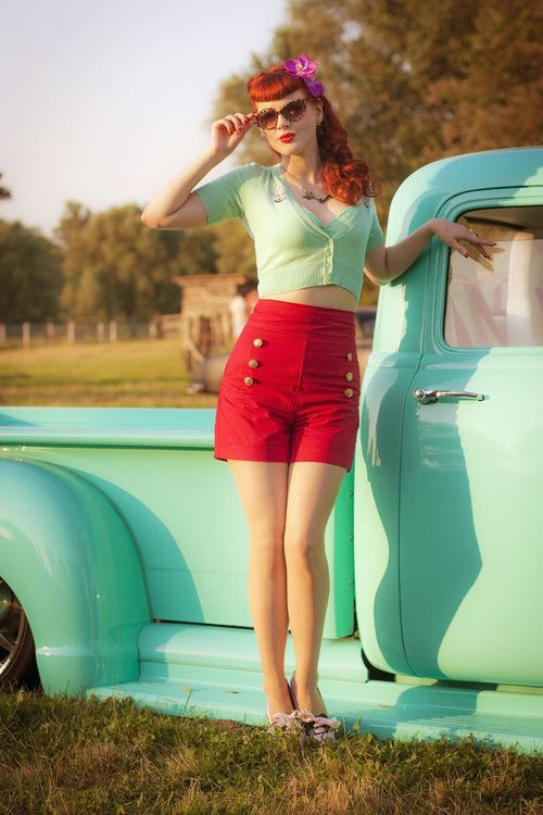 Red and turquoise. Love.
