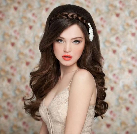 Wedding hairstyles for bride with long hair