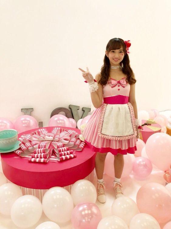 ピンクの世界と小宮有紗