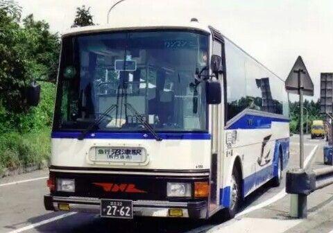 国鉄型最後のハイウェイバス車両 レトロバス バス 観光バス