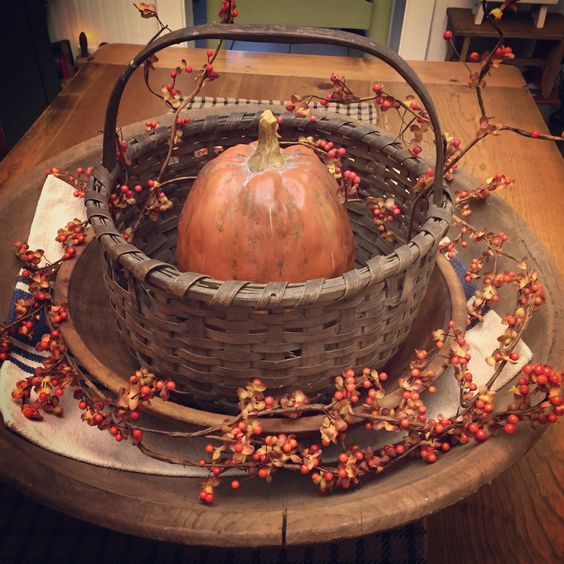 I know it's a little early but I decided to put a little Fall out in my dining…