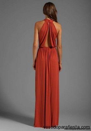 Elegantes y modernos vestidos largos de fiesta con escote en la espalda – 20