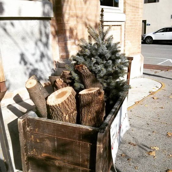 Tis (almost) the season! Can we all just have the shop build us rustic crates to store our lumber and tiny trees in? #magical #almostchristmas #holidaysarecoming