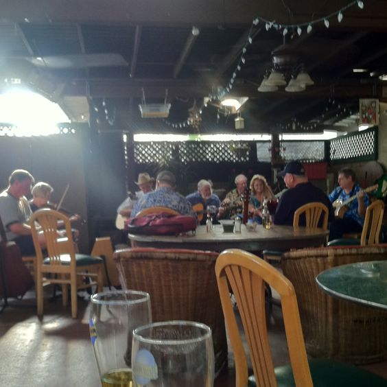 Gotta love the Irish band in a local bar!