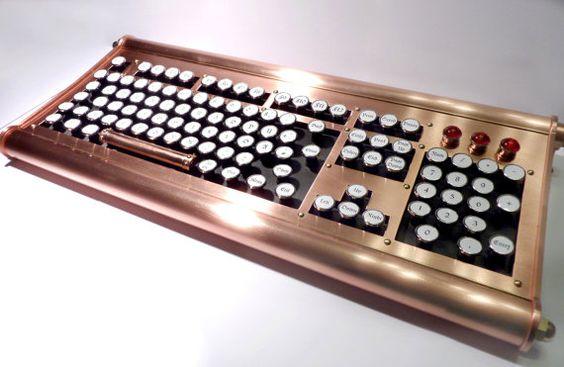 Steampunk Tastatur Retro / Vintage / Dampfmaschine / Handmade / Handarbeit
