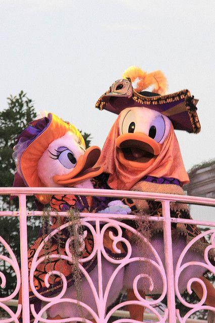 Donald & Daisy ~ Mysterious Masquerade by ナギ (nagi), via Flickr