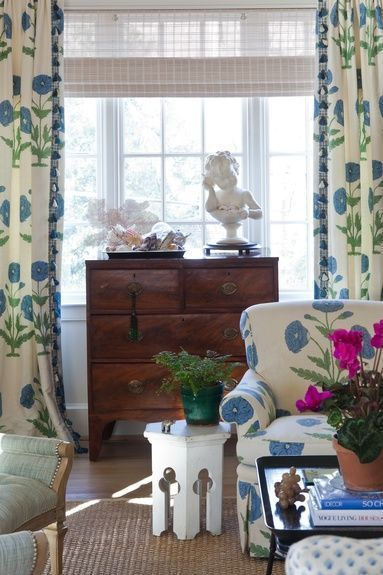 BLUE LOVES GREEN - Mark D. Sikes: Chic People, Glamorous Places, Stylish Things