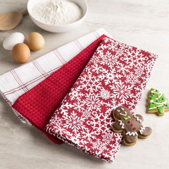 Add a little holiday cheer to your kitchen decor with a set of Harman Christmas Cotton Kitchen Towels.    Whether you're looking for stocking stuffers, Secret Santa presents, festive Christmas decor or even gift cards, we have a huge selection of unique holiday stuff to make your days and nights merry and bright.