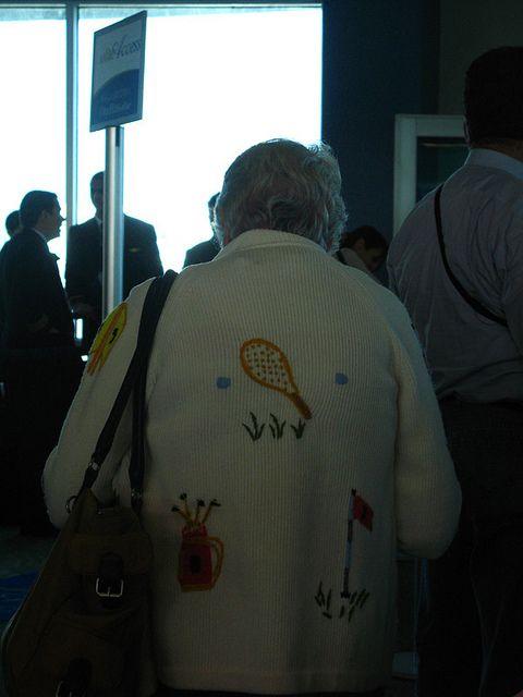 Una señora en el aeropuerto de Panamá.
