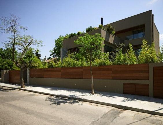 Modernes haus athen holz beton mauer wohnen pinterest for Modernes betonhaus