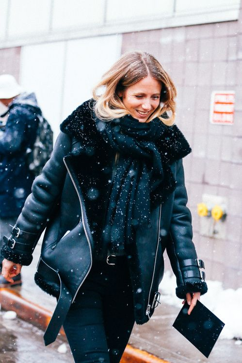 Street looks à la Fashion Week automne-hiver 2015-2016 de New York http://www.vogue.fr/mode/street-looks/diaporama/street-looks-la-fashion-week-automne-hiver-2015-2016-de-new-york/19083/carrousel#street-looks-la-fashion-week-automne-hiver-2015-2016-de-new-york