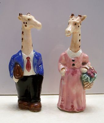 Vintage-Anthropomorphic-Adorable-Giraffe-Couple-Salt-Pepper-Shakers