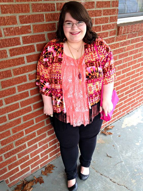 Unique Geek: Plus Size OOTD: Coral Cruisin':