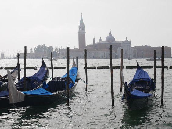 Bijzonder overnachten in Venetië   Locanda Barbarigo Hotel   Beautiful Venice   Venezia   Citytrip   Wanderlust   Gondolas