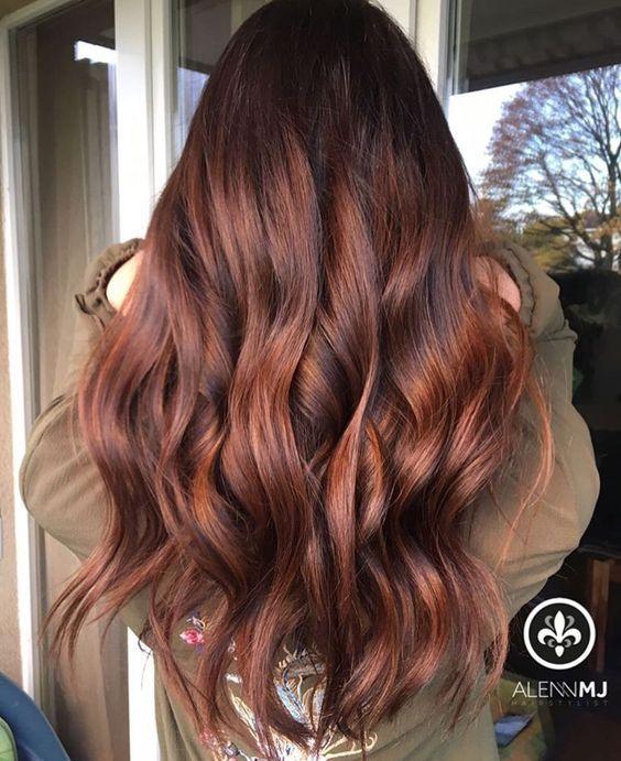 Red Highlights Ideas For Blonde Brown And Black Hair Part 44 Hair Color Auburn Long Hair Styles Hair Waves