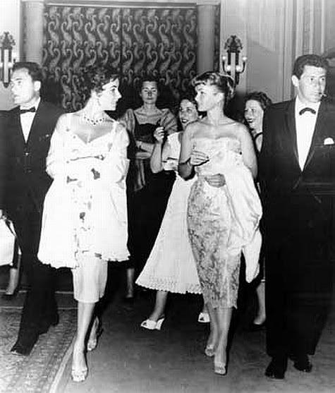 Young Debbie Reynolds And Elizabeth Taylor Mike Todd, Elizabeth T...