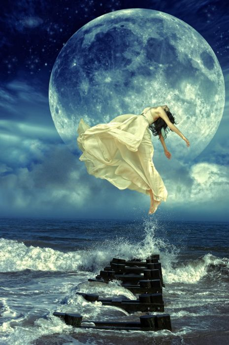 """For the moon never beams without bringing me dreams."" ~Edgar Allan Poe (Annabel Lee)"