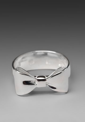 Silver Bow Ring  @Shannon Basinger- i love this! Like your buckle someone tell my husband I need this!