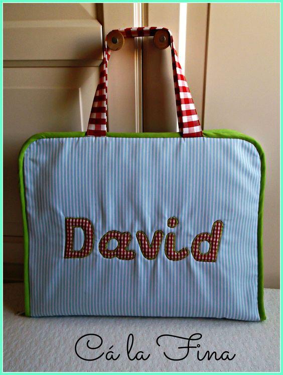 Maletín de dibujo personalizado para David.