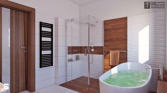 łazienka z drewnem - Średnia łazienka w domu jednorodzinnym z oknem, styl nowoczesny - zdjęcie od APP TRENDY Autorska Pracownia Projektowa