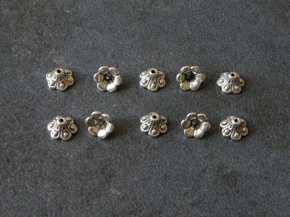 Lot 20 coupelles perles style tibétain 6x6x2mm : Apprêts par jl-bijoux-creation