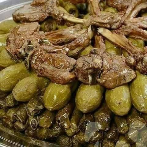 ورق عنب مع محاشي كوسا Egyptian Food Syrian Food Halal Recipes