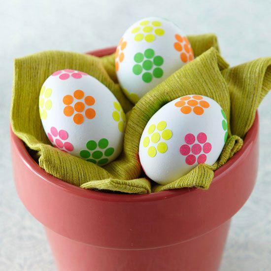 Flower Sticker Easter Eggs diy ... http://www.bhg.com/holidays/easter/eggs/pretty-no-dye-easter-eggs/#