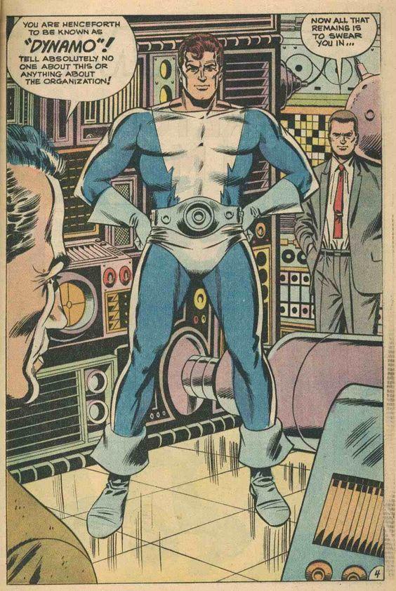 """decor de machines pour super-héros """"Dynamo"""" ."""