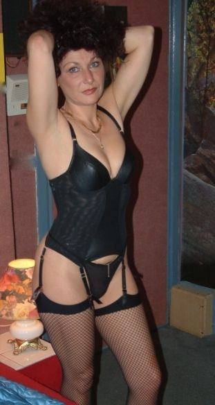 crossdresser escort homo mature escorts