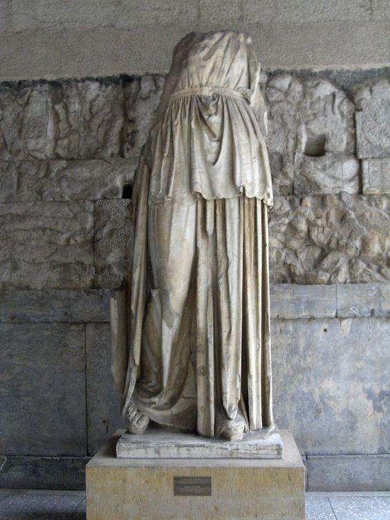 Estatua de Apolo Patroos, 330 aC sobre. Atenas, Museo del Ágora