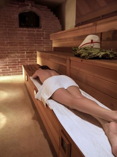 Hot wet full body and branches on pinterest - Sauna premium madrid opiniones ...