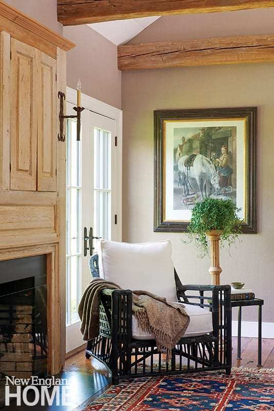 A Mix Of Old And New In Lyme Connecticut New England Home Magazine In 2020 Home Home Decor Furniture