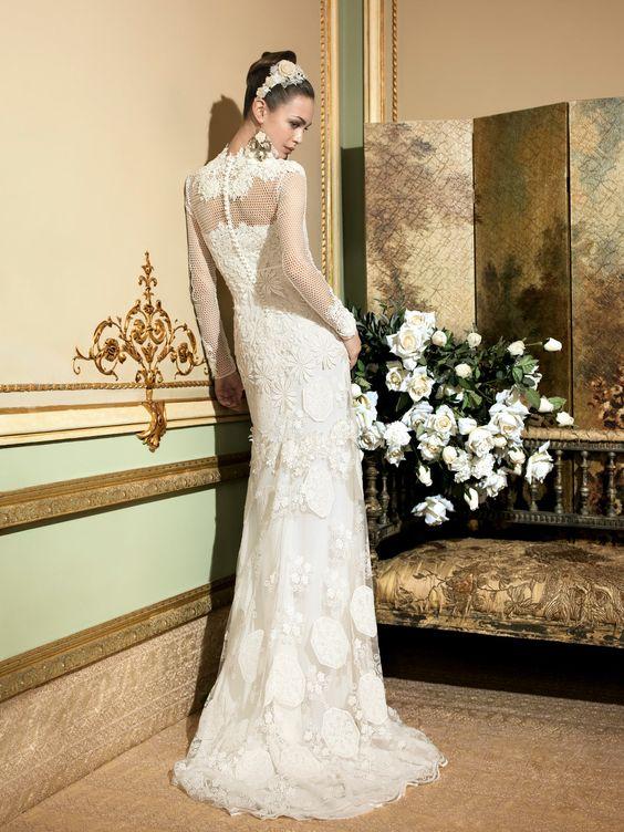 YolanCris | Vestidos de novia románticos y vestidos de novia elegantes por YolanCris : Romantic Tale Novias 2014