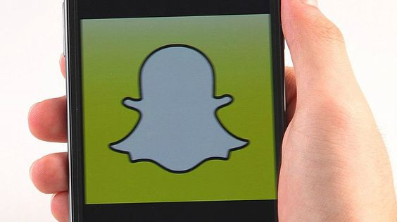 Tween Tech: What Parents Need To Know About Snapchat - The Mid