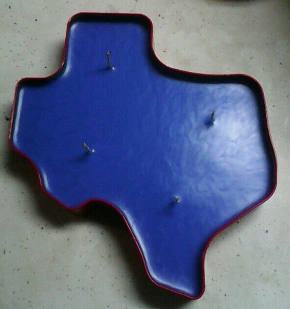 Texas shaped tin custom poured with Vanilla Cinn scented candle