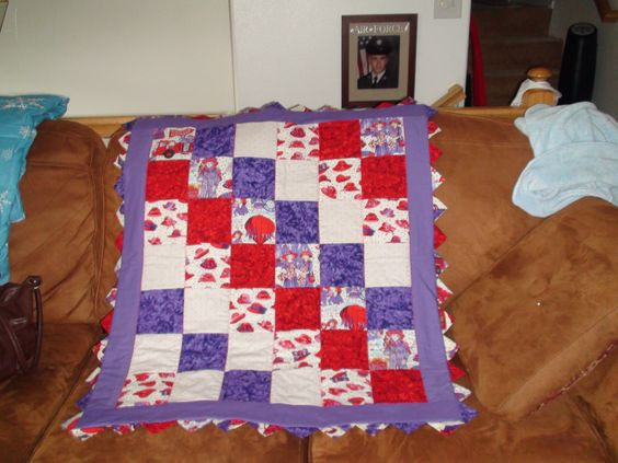 Red Hat quilt with special border.