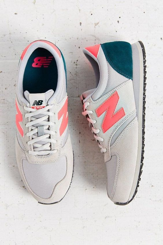 Love the retro feel of these running sneakers! #grey #newbalance #shoes