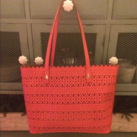 Stella & Dot - Avalon Tote - Geranium Perf Brand New!  Perfect condition!! Stella & Dot Bags Totes