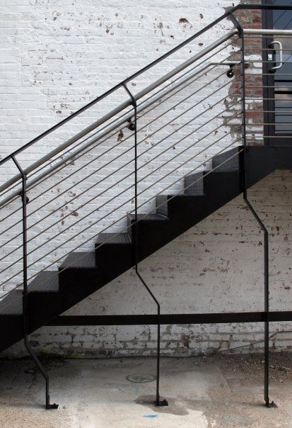 _Black and White_ custom stair-fd0001