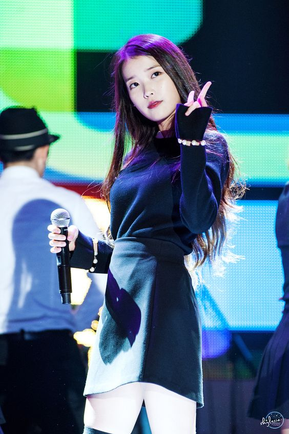 151017 IU @ Mercedes-Benz Family Festival by lasie